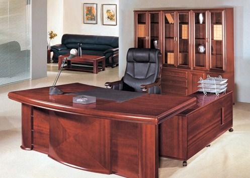 Các loại bàn giám đốc