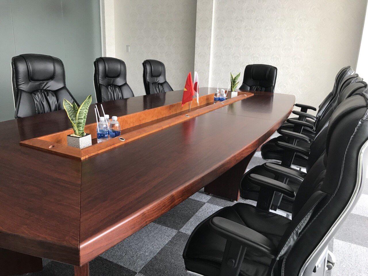 Các loại bàn họp
